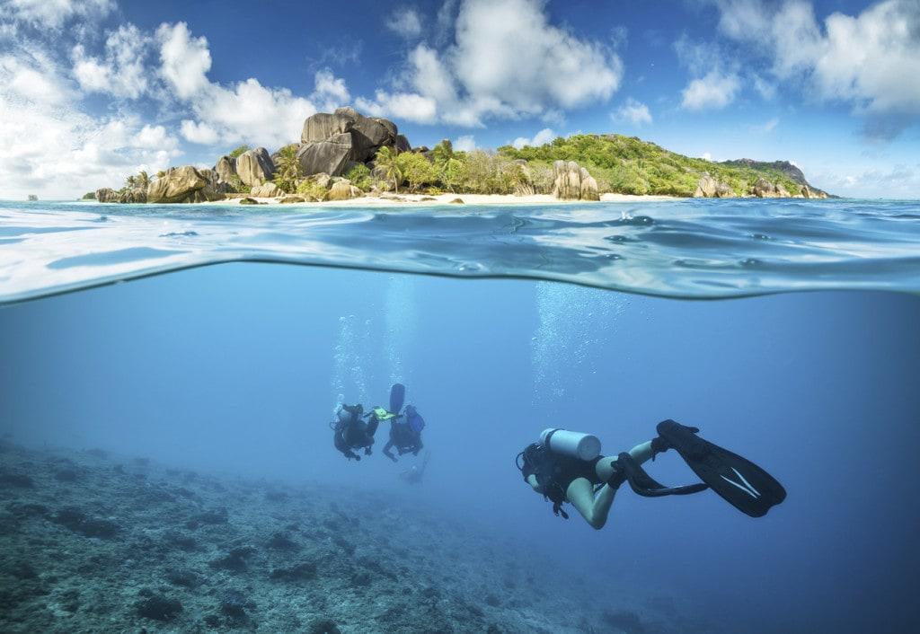 https://maestroviajes.travel/wp-content/uploads/2020/06/Paraiso-buceo-Seychelles-copia.jpg